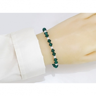 Bracelet Memory Wire Green White Bicones Glass Oval Handmade